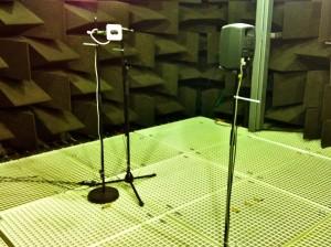 Akustik-Messung in unseren speziell optimierten Räumlichkeiten.